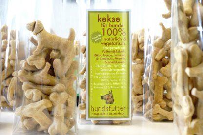 vegetarische hypoallergene gesunde Hundesnacks in kompostierbaren Celophantüten