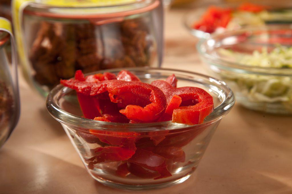 Hundesnacks mit gekochter Gemüse Paprika sind besonders gesund