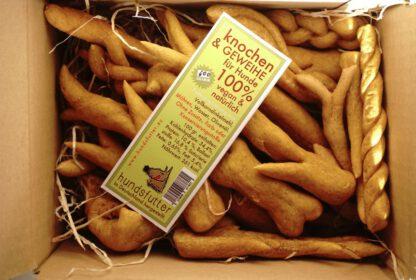 vegane handgeformte Knochen und Geweihe von hundsfutter